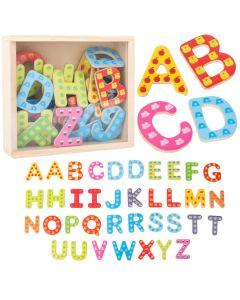 37 magnetische Holzbuchstaben in Holzkiste