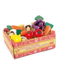 Kiste aus Karton gefült mit Spiellebensmitteln