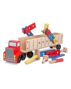 Holzlaster mit Spielzeug-Werkzeug